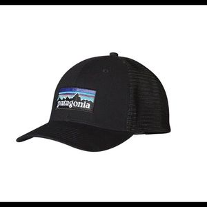 Patagonia - Trucker hat!!